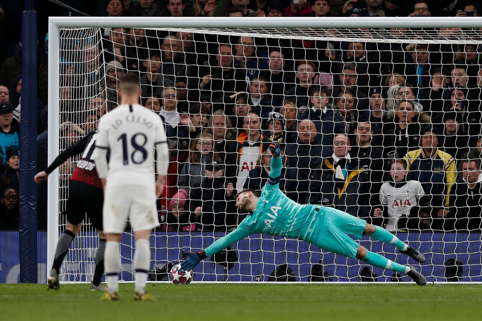 Late surge not enough for Tottenham, who lose 1-0 to RB Leipzig